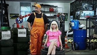 Тупая Блондинка не может выбрать Зимние Шины - Криворукие механики | На Троих, дтп 2020, январь