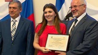 Слушателям Малой академии государственного управления торжественно вручили сертификаты об обучении