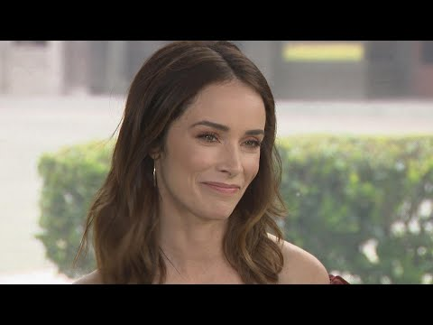 Abigail Spencer Says Prince Harry Is 'Very Lucky' to Marry Meghan Markle (Exclusive)