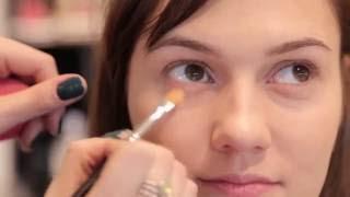 Видео урок Дневной макияж Тональные средства Tory Noise Inglot