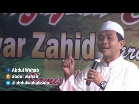 Kehidupan di Dunia hanya Sementara oleh KH. Anwar Zahid