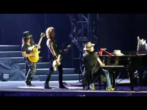 Guns N' Roses - Layla Piano Outro (Derek and the Dominos Cover)