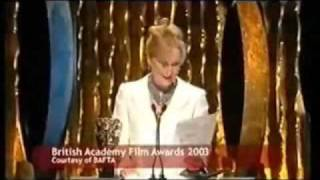 Repeat youtube video Meryl Streep - Funny Moments