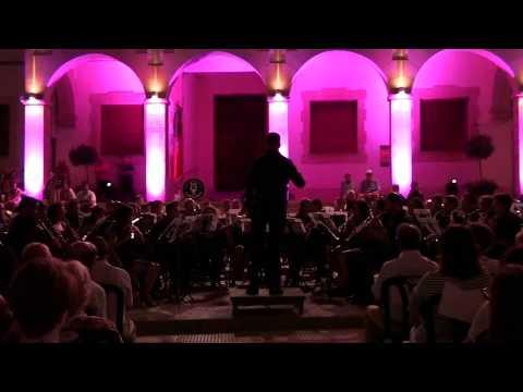 Queen in concert (Arr. Jay Bocook) - Sociedad Unión Musical y Artística de Sax