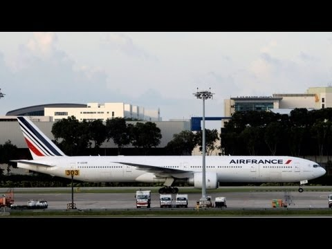 Air France strike hits holiday travellers