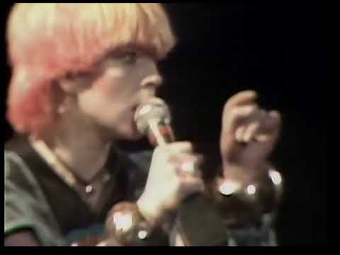 Toyah - Victims Of The Riddle  (Live at the Rainbow 1981)