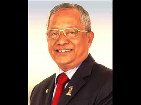 Malaysian politician Abdul Manan Ismail Died at 70