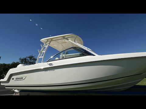 2018 Boston Whaler 23 Vantage Boat For Sale at MarineMax Ft. Myers