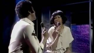 "Johnny Mathis & Deniece Williams ""Too Much Too Little Too Late"" (1978) ."