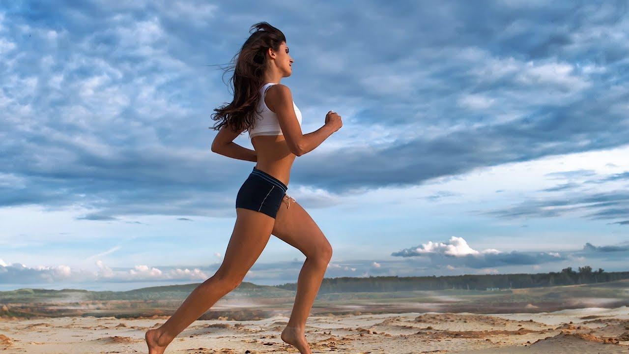 How to Run Barefoot | Running - YouTube