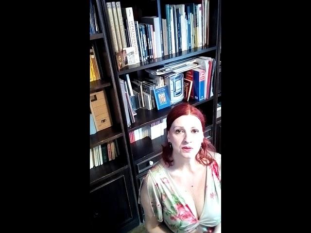 Изображение предпросмотра прочтения – ВаггелёГианнаки читает произведение «Венера Милосская» А.А.Фета