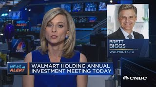 Walmart lowers forecast to reflect Flipkart deal