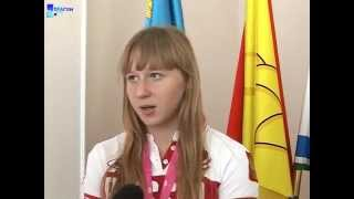 В Россоши с  победой на юношеской олимпиаде в Китае поздравили тяжелоатлетку Анастасию Петрову.