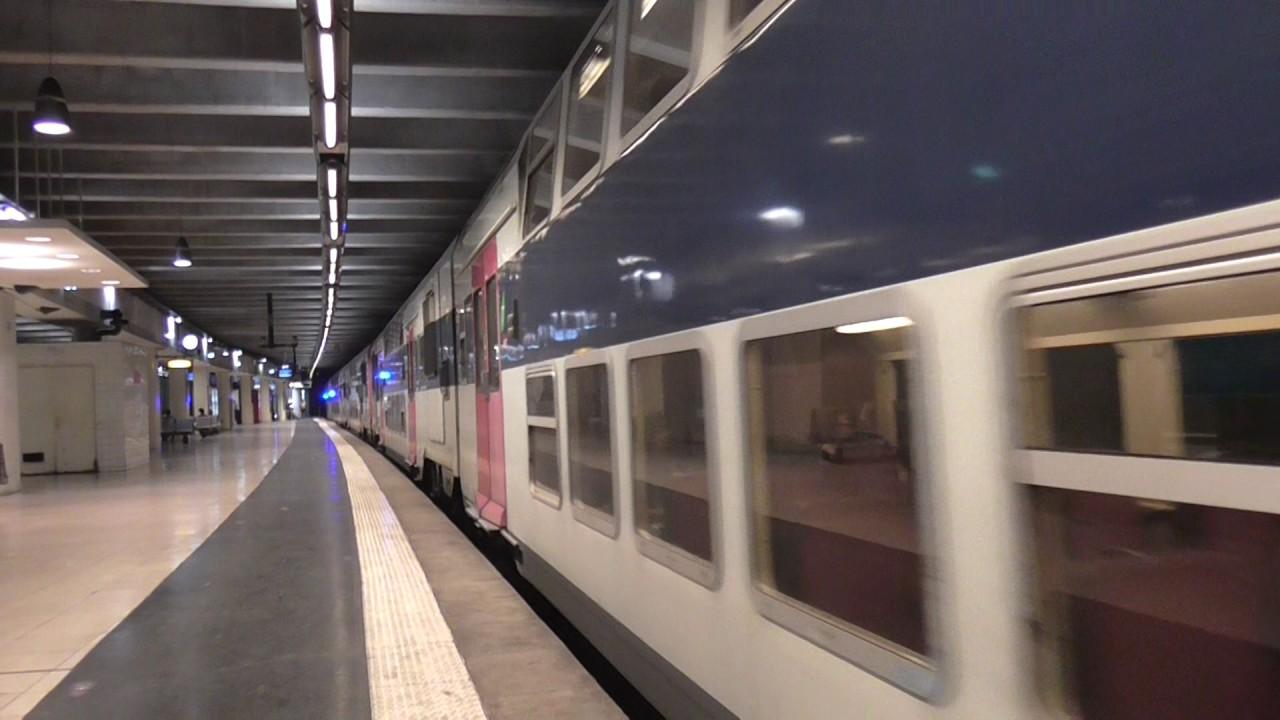 Z20900 Île de France : Arrêt à la gare d\'Avenue Foch sur la ligne C ...