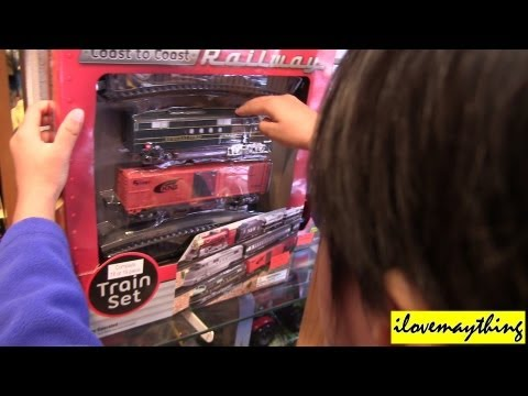 Unboxing a Coast to Coast Diesel Toy Train with Cargo Car