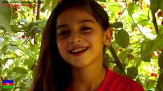 8 yaşında Qalatasaray hayranı Azeri kızı Aysel ve Davud Azizov (1 buçuk yaşında )