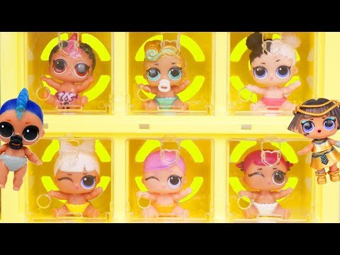LOL Surprise Dolls Visit Barbie Skipper Pet Shop