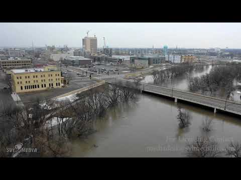 Fargo, ND - Red River At Fargo/Moorhead, Major Flood Stage, Approaching Crest - April 6th, 2019