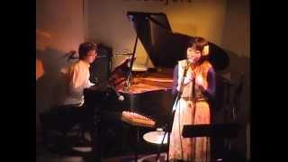 台湾人ハーフのシンガーソングライター洸美(hiromi)のライブです。喜納...