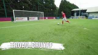 Sgiliau Ash Randall - Troad Cruyff | CIC | Stwnsh