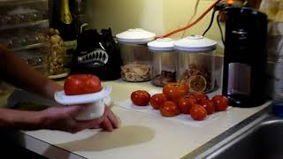 How to Sun-Dry Tomatoes