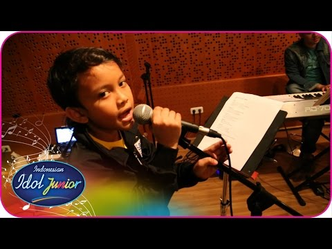 Before The Stage - Road To Grand Final - Indonesian Idol Junior