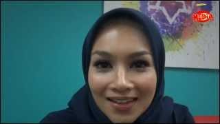 Repeat youtube video MH TV - Datin Norjuma Tiada 'Lesen' Jadi Pengacara