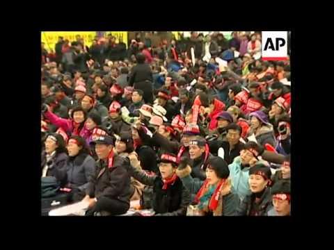 Farmers protest against US-SKorea Free Trade Agreement