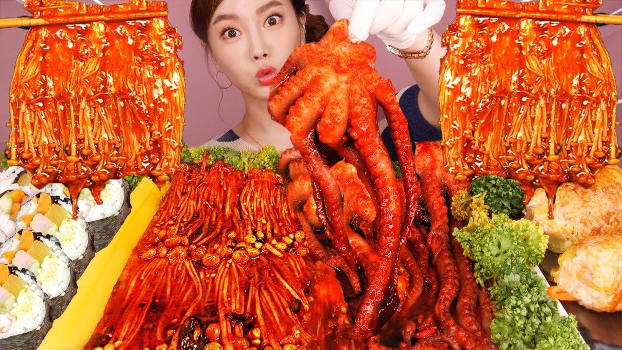 [Mukbang ASMR] 오동통 낙지 ? 팽이버섯  특별한 김밥 까지 ? Spicy Small octopus & Enoki Mushrooms Eatingshow Ssoyo