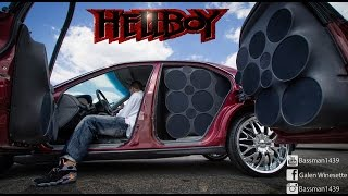 TDH SHOW 2015 HELLBOY AND HIS LOUD STREET BATTLE SETUP