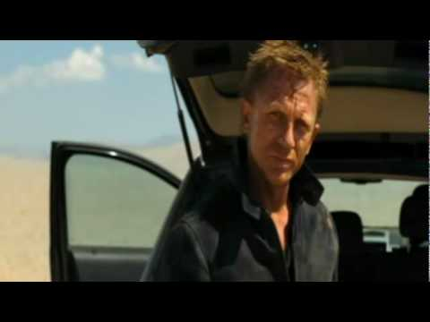 Quantum Of Solace, Bond leave Mr. Greene in the desert