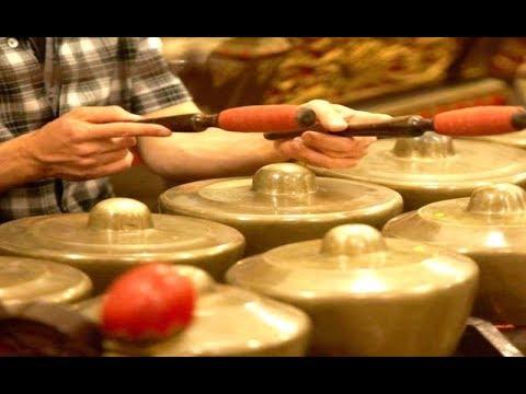 Ladrang LANGEN BRANTA - Javanese GAMELAN Music Jawa - Yayasan Roro Jonggrang [HD]