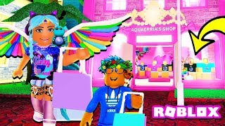 I MADE A NEW MERCH STORE IN ROBLOX CREATOR MALL! 🎁🎀