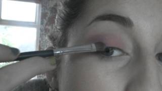 Pink smokey eye Thumbnail