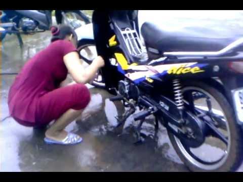 rửa xe nghệ thuật