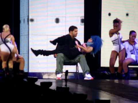 Nicki Minaj gives Drake a lap dance in Toronto