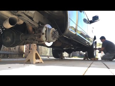 2012 Ram 2500 6.7 putting her on jack stands tire rotate