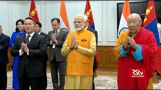 PM Modi and Mongolian President jointly unveil Lord Buddha statue at Gandan Monastery