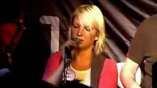 Zero 7 & Sia Furler performing If I Can