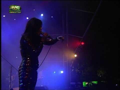 Cansei de Ser Sexy CSS - Alala - Live @ Paredes de Coura 2007.08.15 (02/13) [4:3 HQ]