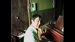«Ты не старая, мама», музыка Сергея Колмановского, стихи Эдуарда Вериго, поёт Сергей Колмановский