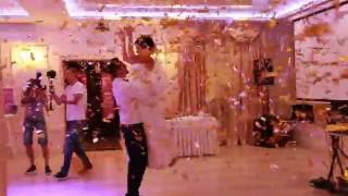 Первый свадебный танец 09.07.16 (пушка конфетти)(, 2016-07-09T17:08:40.000Z)