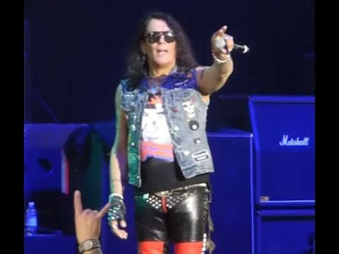 """RATT singer Stephen Pearcy has released a song called """"Making Crazy"""""""