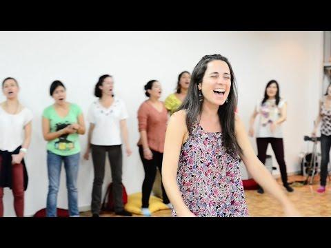 Circle Singing - Sofia Ribeiro & Nick Demeris