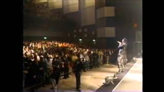つっぱり High School Rock'n roll (登校篇) - 横浜銀蠅 thumbnail