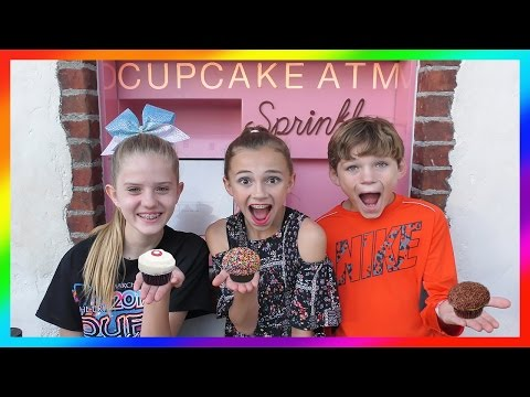 WE GO TO THE CUPCAKE ATM! | We Are The Davises