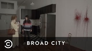 How To Apartment Hunt | Broad City