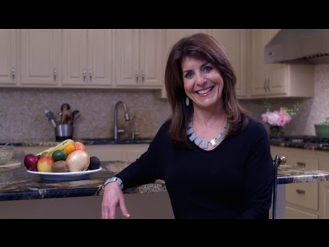 "Healthy Cooking Videos: Easy Healthy Recipes To ""WOW"" You with Holly Clegg"
