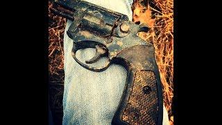 #28: Metal Detecting Cellar Holes & Woods Finds Gun And Relics!!!!