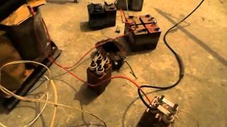 видео: Дуга.Высокое напряжение.Дуга с трансформатора. 2500 вольт Высоковольтная дуга